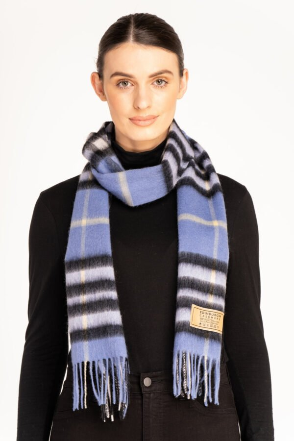 DC Classic Check Scarf Scarves 0006 4