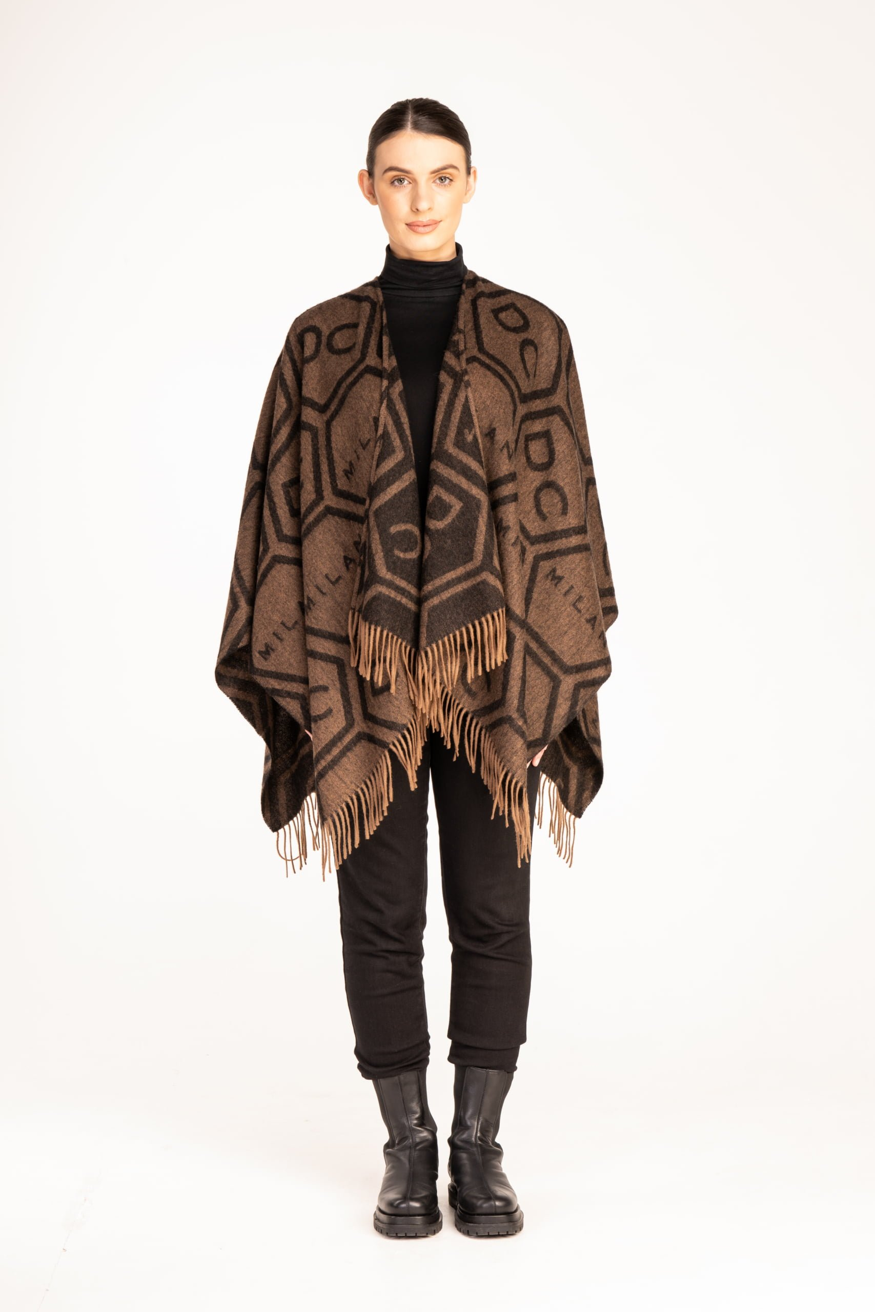 CAPE LARGE DC MILAN CHOCOLATE BROWN G 1 scaled